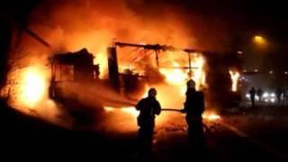 Brandweer Antwerpen - Zwaar ongeval met brandende vrachtwagens Ring Antwerpen.