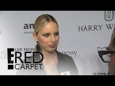 "Karolina Kurkova Says Motherhood Is ""Amazing""   Live from the Red Carpet   E! News"