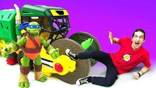 Черепашки-ниндзя: приключения игрушек ПОД ЗЕМЛЕЙ! Поединок с Рокстеди. Черепахи VS уборочная машинка