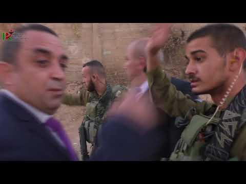Israeli occupation forces the activist Nidal Jabri from the campaign to dismantle the ghetto