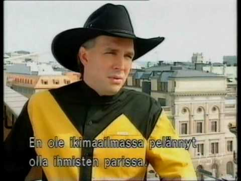Garth Brooks interview by Tomi Lindblom (1990s) / Finland