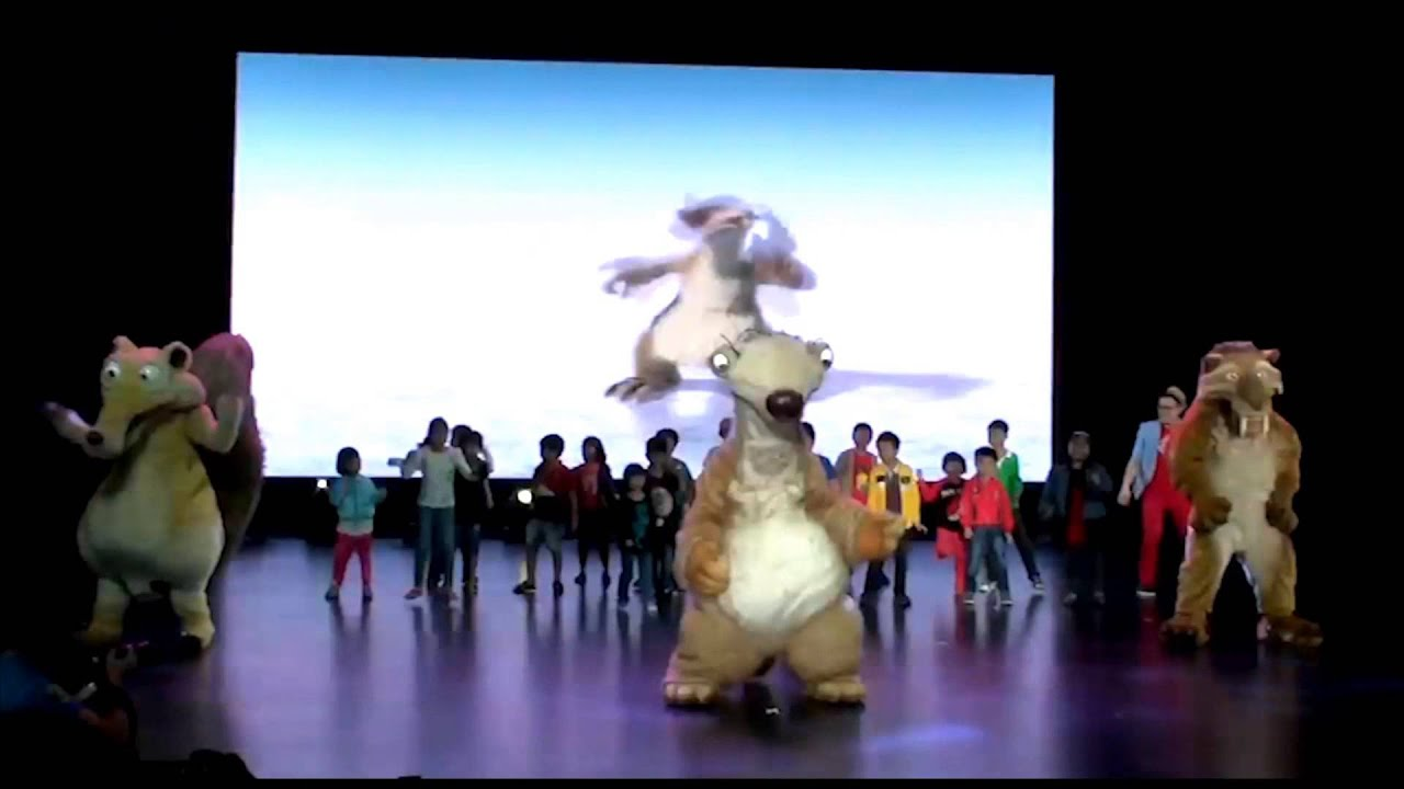 20th century fox world meet greet youtube kristyandbryce Gallery