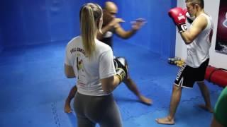 Aula de Ichigeki Kickboxing com Francisco Filho na Sport Academia.