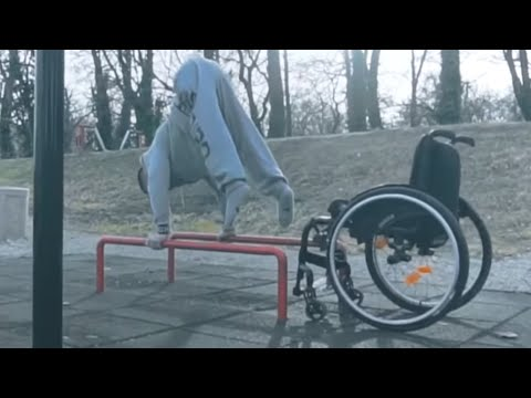 Awesome Archive: Foot Juggling, Parkour & Longboarding | People Are Awesome