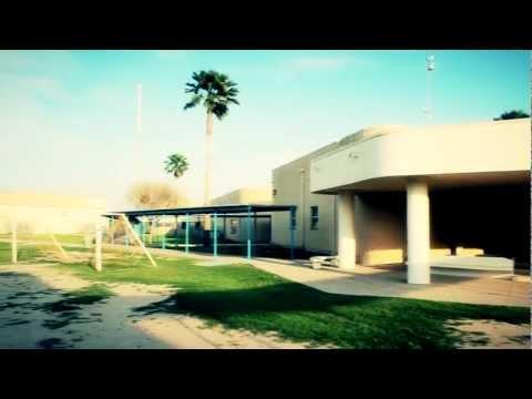 LA GRULLA MIDDLE SCHOOL (HD)