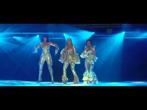 Dancing Queen-Mama Mia Credits-Meryl Streep