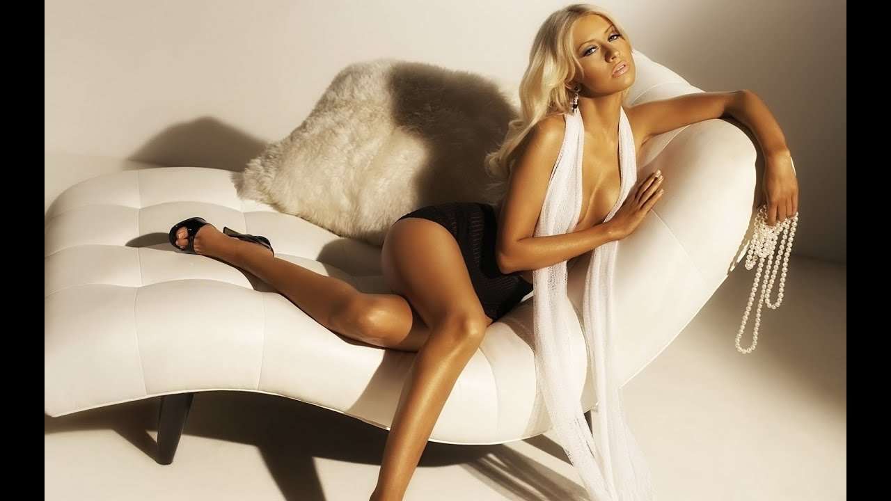 Sexy pics of christina aguilera