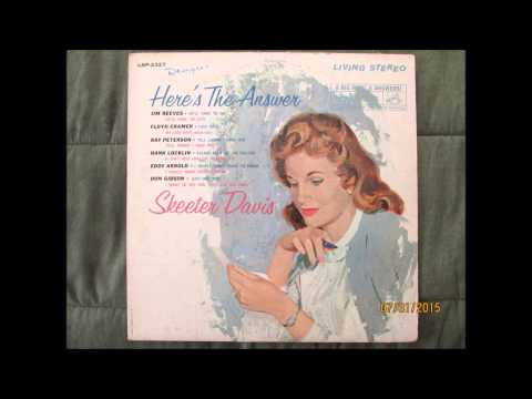 Skeeter Davis     Here's The Answer  side 2