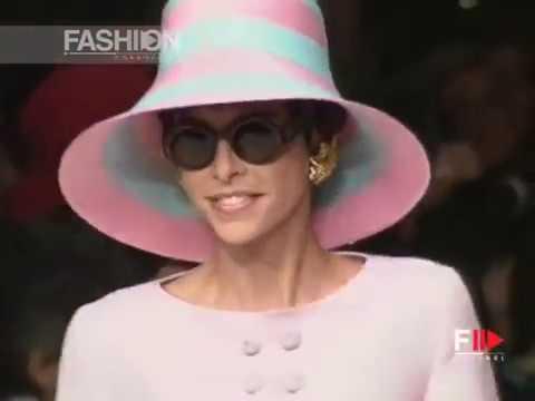 VALENTINO Spring Summer 1991 Paris - Fashion Channel