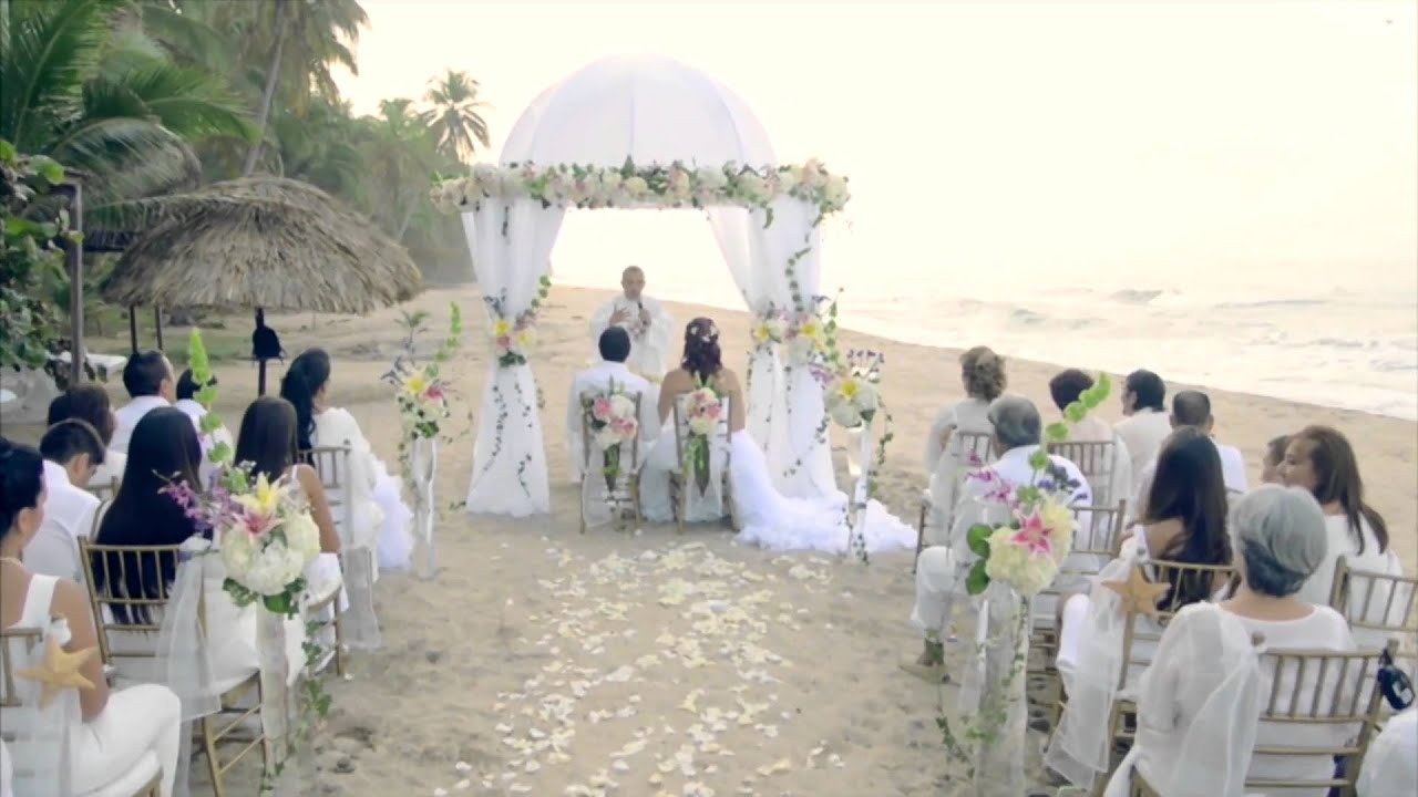 Matrimonio Catolico En La Playa : Bodas en playa la roca youtube