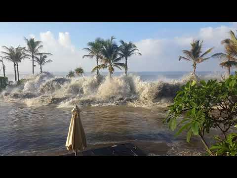 Mini tsunami bali