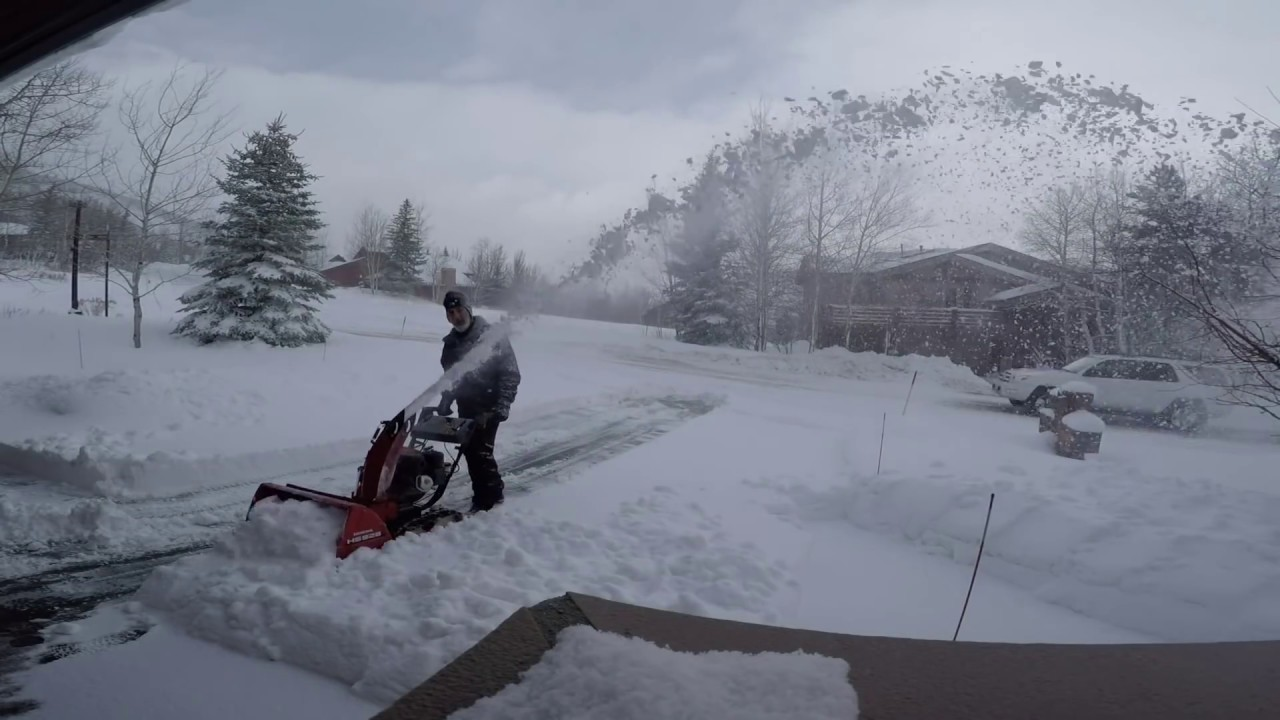 How to Snow Blow Your Driveway