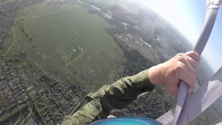 видео Мой первый прыжок с парашютом