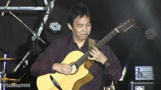 Yamaha Music Project : Jubing Kristianto - Clocks @ Java Sounds Fair 2014 [HD]