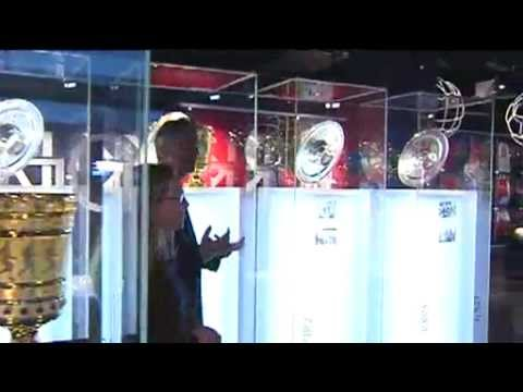 FC Bayern München Erlebniswelt - Menschen in München