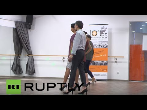 Austria: Vienna academy teaches men to walk in high heels