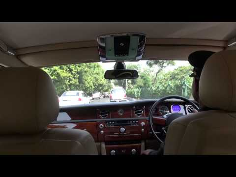 Rolls Royce Phantom, IGI-The Leela Palace, New Delhi, India