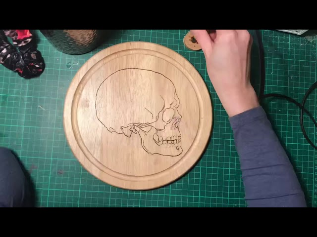 Pyrography Skull Chopping Board Timelapse