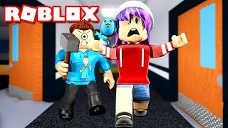 AUDREY ESCAPE THE BEAST IN ROBLOX FLEE THE FACILITY! | MicroGuardian