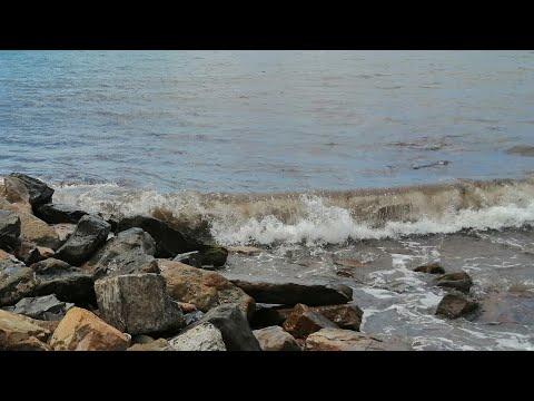 Анапа 9 июля 2020 г Пляж 40 лет победы шторм на чёрном море. В Анапе запретили купание Шторм в анапе