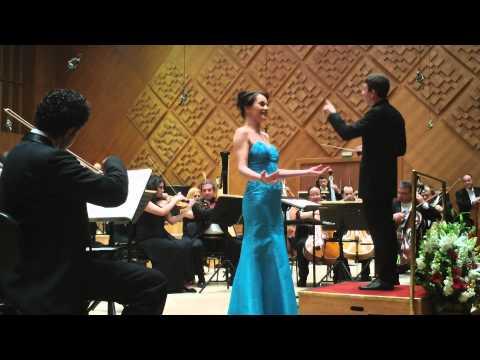 Rossini - Rosina's aria from Il barbiere di Siviglia - Elina Shimkus live @ Ankara