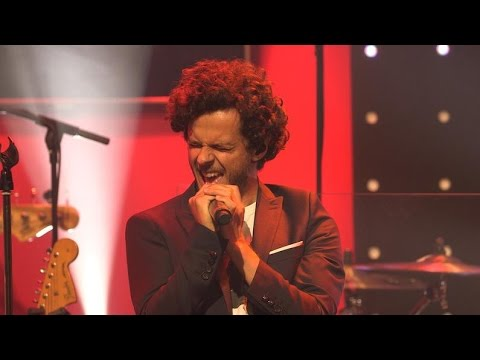"Michael Gregorio - ""Start Me Up"" dans le Grand Studio RTL"