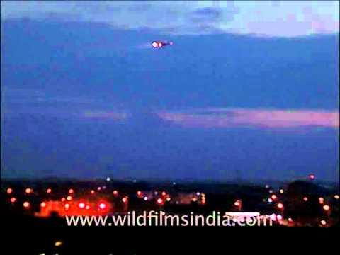 Flight approaching Indira Gandhi International Airport