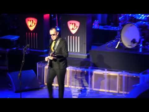 Mountain Climbing - Joe Bonamassa Live @ The Warfield San Francisco, CA 10-21-17