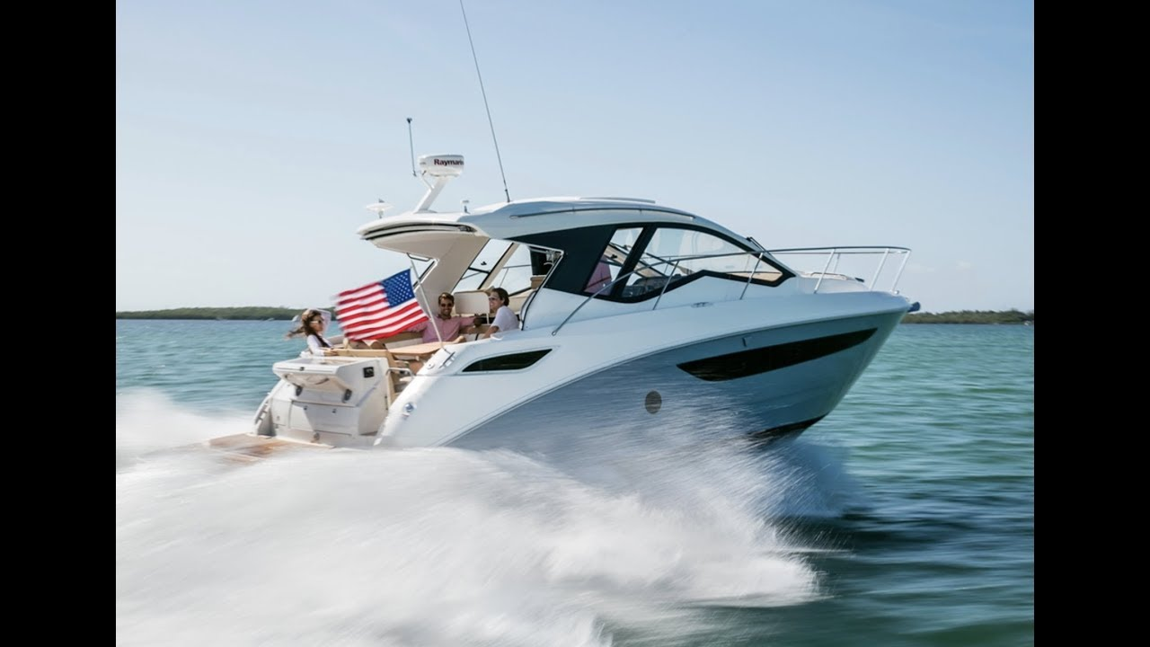 Overview 2019 Sea Ray Sundancer 350 Coupe Sport Cruiser Boat