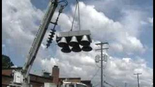 Shelden Park Livonia, MI uninstalling the siren head off the pole 7-23-2008 Part 2 of 2