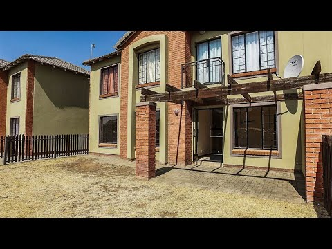 2 Bedroom Townhouse for sale in Free State | Bloemfontein | Bayswater | T148501