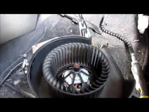 Замена двигателя печки (отопителя) Опель Вектра 2003г в