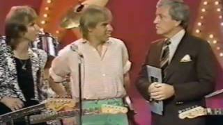 The Rollers wDuncan Faure quotElevatorquot amp quotTurn On The Radioquot  interview US TV 1979