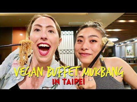 Vegan Buffet Mukbang In Taipei, Taiwan 🍜