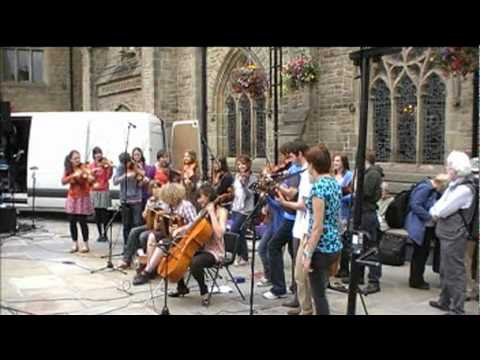 Folkworks Summer School 2011 Durham Gathering  & Some Busking