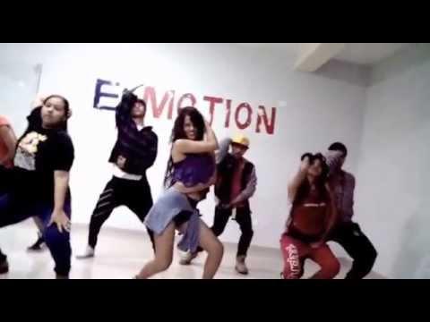 Dat a freak / Diplo - Carlos Paz Ruiz E-motion