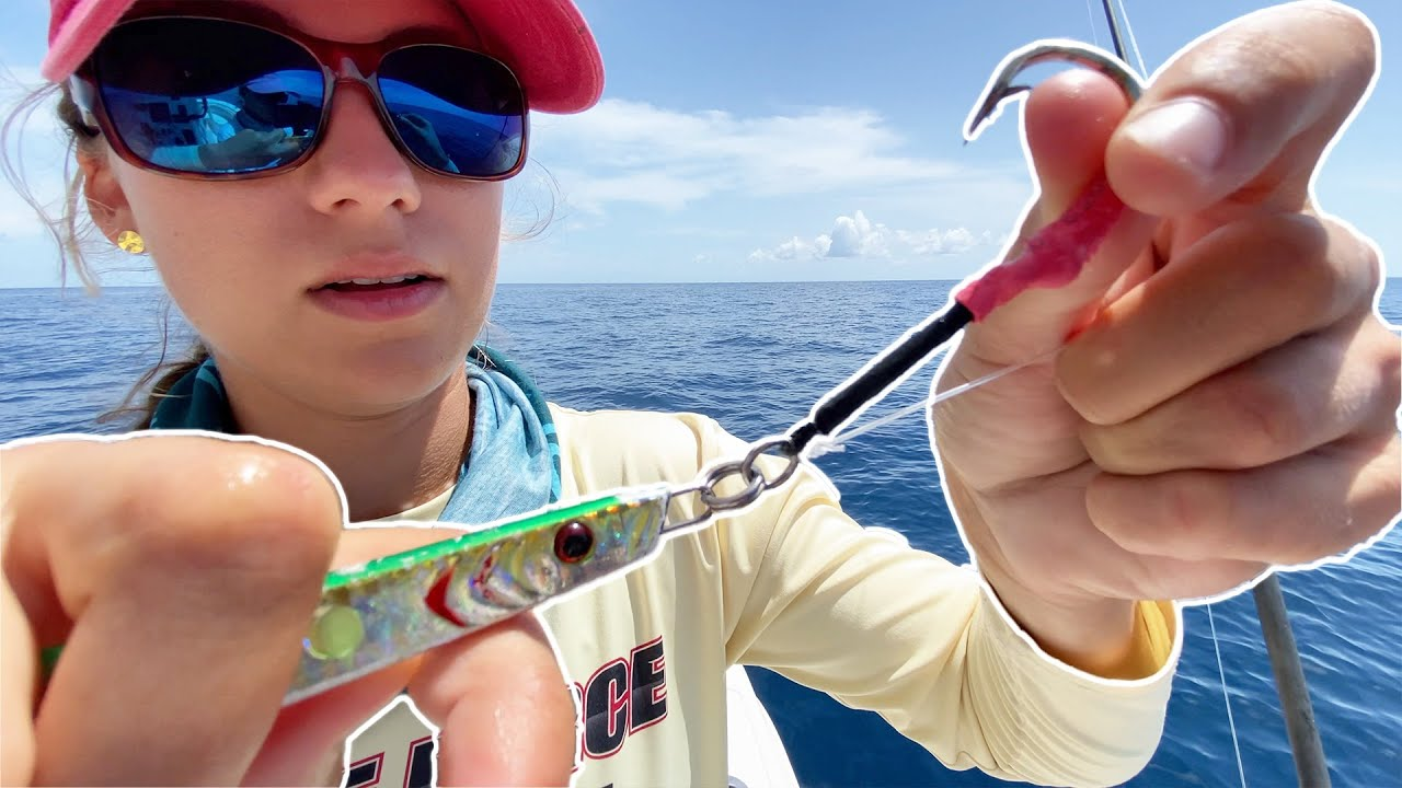 HIGH SPEED VERTICAL JIGGING 🐟 Battling sharks and cudas - How to vertical jig | Gale Force Twins
