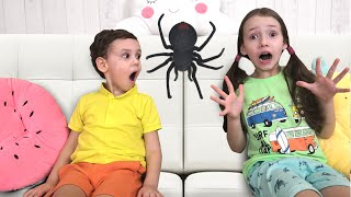 Tisha plays with Ulya a story for children about spiders