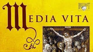 Gambar cover Media Vita: Gregorian Hymns of Death and Resurrection