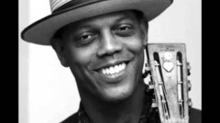 Watch Eric Bibb I Heard The Angels Singin video