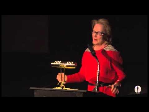 Meryl Streep salutes Vanessa Redgrave