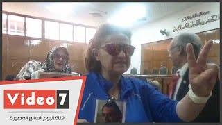 بالفيديو.. أنصار مبارك ينتظرون الحكم فى قطع الاتصالات خلال ثورة يناير بمجلس الدولة