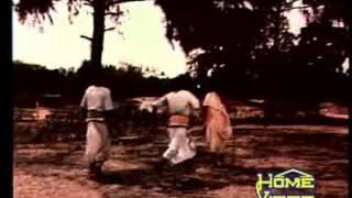 Download Akshay Mohanty & Sujit-'Alo mausi alo mausi tu mataji..' in 'Ta'poi'(1978) MP3 song and Music Video