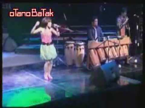Viky Sianipar Feat. Ruth Sihotang -  Porompompom