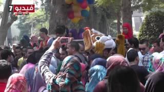 بالفيديو.. «مهرجان شعبى» داخل حرم جامعة عين شمس