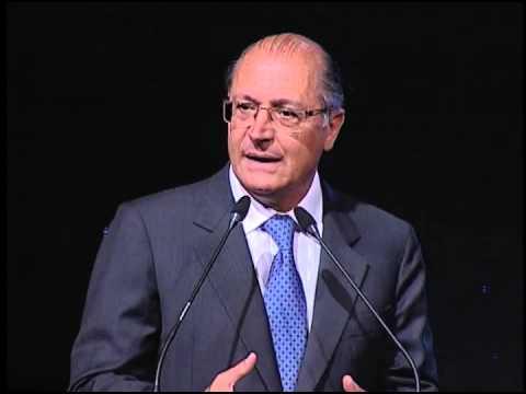 Coletiva: Alckmin destaca importância da indústria automobilística