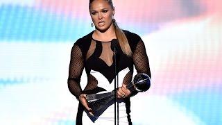 Ронда Роузи получила премию, Никита Крылов топового соперника, Келвин Гастелум травму