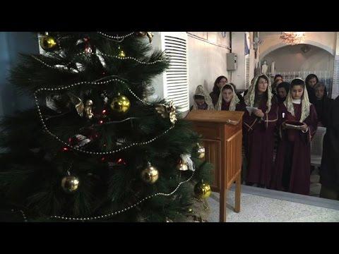 christen in syrien feiern weihnachten in angst youtube. Black Bedroom Furniture Sets. Home Design Ideas