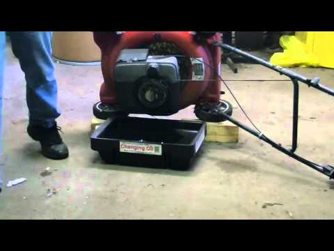 Oil change Briggs & Stratton lawnmower