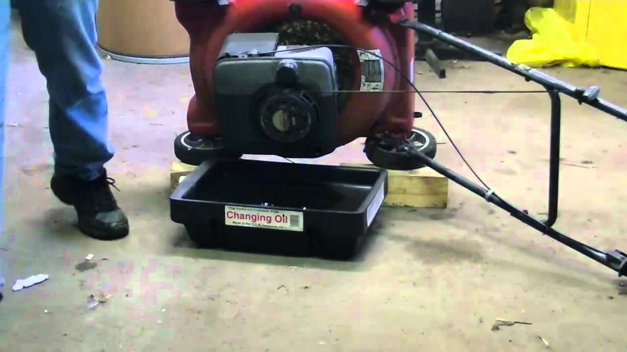 Oil Change Briggs Amp Stratton Lawnmower Youtube